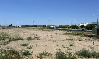 Warehouse Space for Rent located at Phantom St Victorville, CA 92394