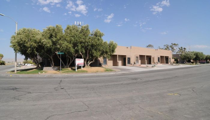 Warehouse Space for Rent at 401 W Radio Rd Palm Springs, CA 92262 - #5