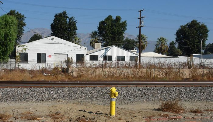 Warehouse Space for Rent at 325 W Main St Ontario, CA 91762 - #5