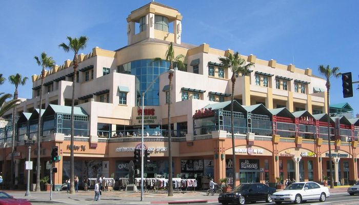 Retail Space for Rent at 300 Pacific Coast Hwy Huntington Beach, CA 92648 - #9