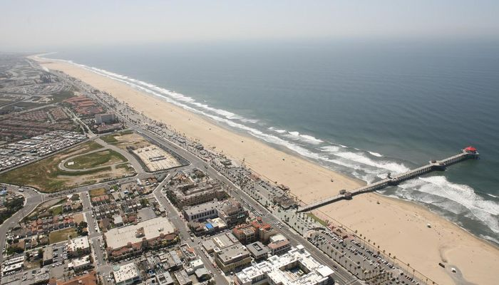 Retail Space for Rent at 300 Pacific Coast Hwy Huntington Beach, CA 92648 - #5