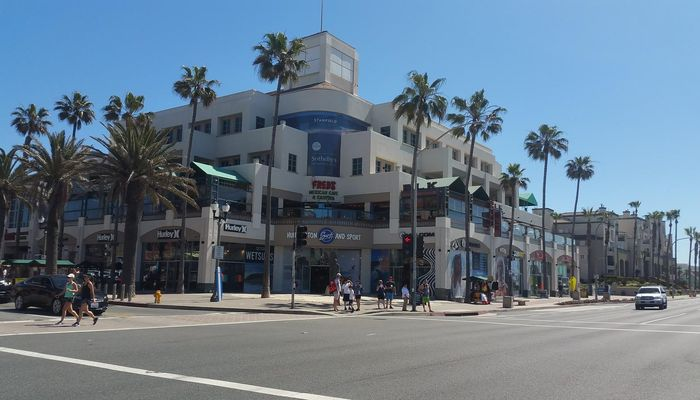 Retail Space for Rent at 300 Pacific Coast Hwy Huntington Beach, CA 92648 - #1