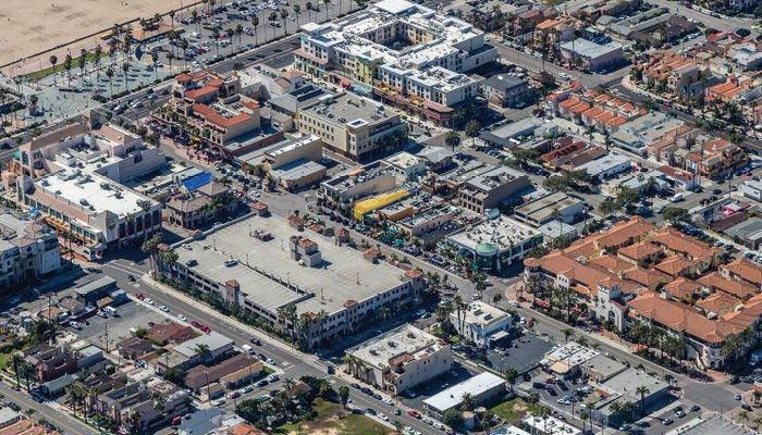 Retail Space for Sale at 207 Main St Huntington Beach, CA 92648 - #2