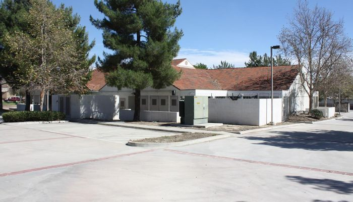 Warehouse Space for Rent at 4130 Hallmark Pky San Bernardino, CA 92407 - #4